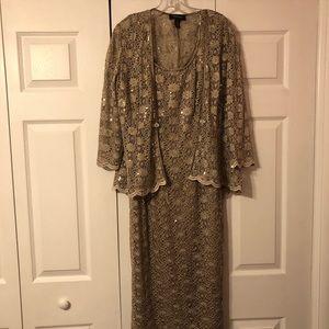Beautiful R&M Richards Lace/Sequin Dress Size 12